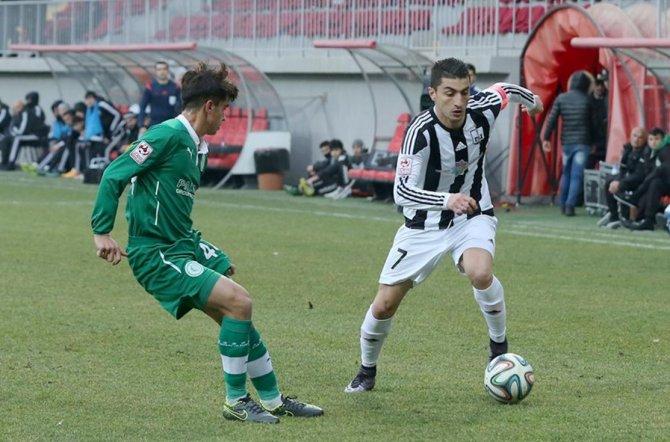 Azerbaycan Premier Lig'de Karabağ puanını 44'e çıkardı