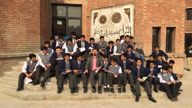Bursa Orhangazi Üniversitesi Pakistan'a açıldı