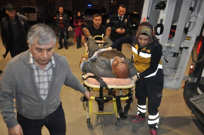 Fatura Yüzünden Çıkan Kavgada Baba Ve İki Oğlu Yaralandı