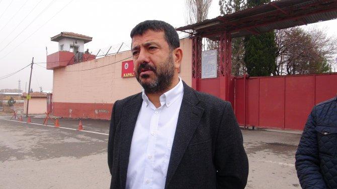 CHP'li Ağbaba: Sapan kullanmamış insanlar terör şüphesiyle yargılanıyor