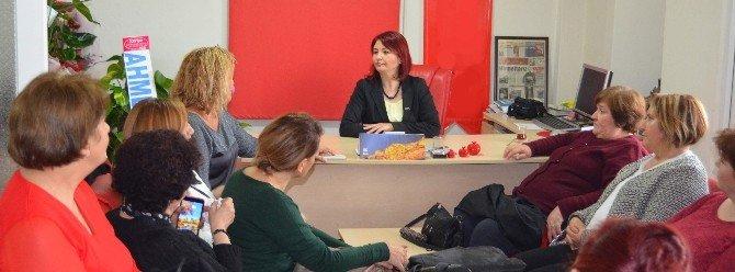 Kadın Meclisi'nden Agc'nin Kadın Başkanına Tebrik Ziyareti