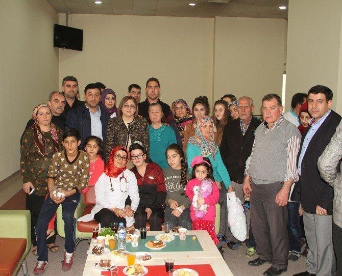 Fatma Şahin'den Rendo Hastası Esra'ya Doğum Günü Sürprizi