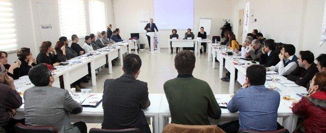 Gaziantep Üniversitesin'de Panalistlerin Paneli Çalıştayı Gerçekleşti