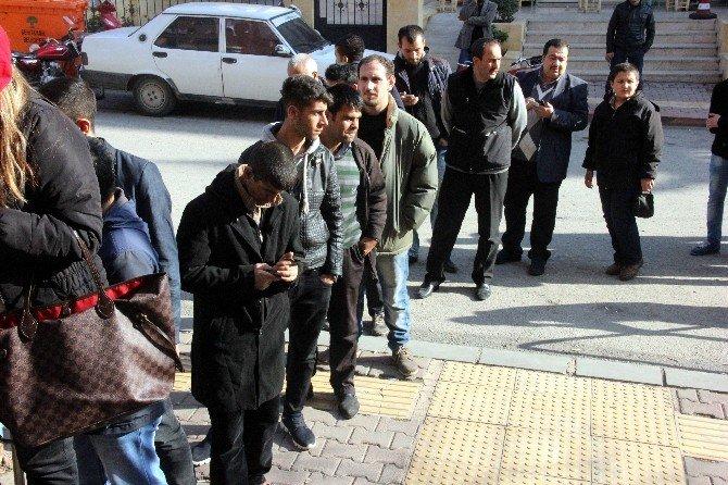 Gaziantep'te İşsizler Kuyruğu