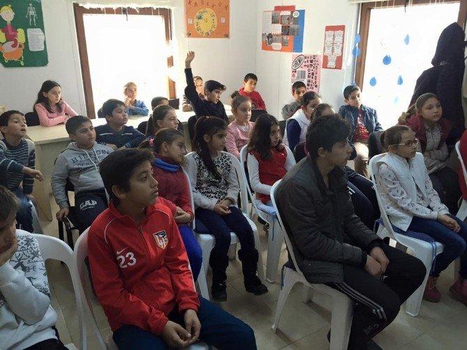 Kartepe Bilgi Evi Öğrencilerine Meslek Tanıtımı