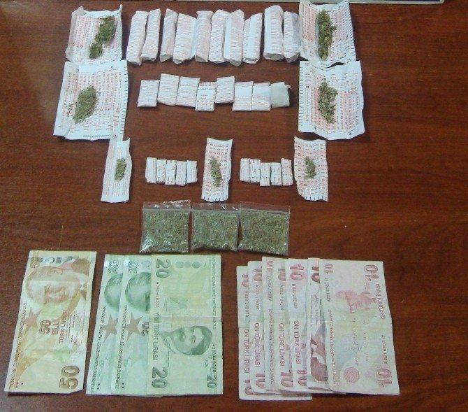 Uyuşturucu Madde Ticareti Yapan 5 Kişi Tutuklandı