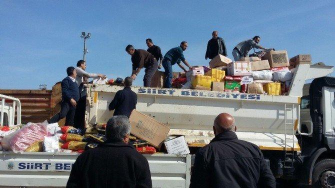 Cizre'den Siirt'e Gelen Ailelere Gıda Yardımı