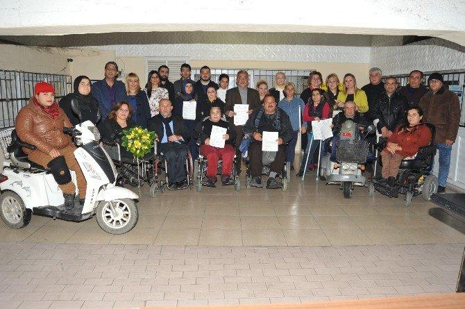 Engelliler Sertifikalarını Aldı