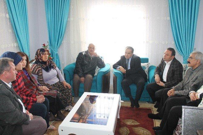AK Parti Heyeti İlçe Ve Beldeleri Ziyaret Etti