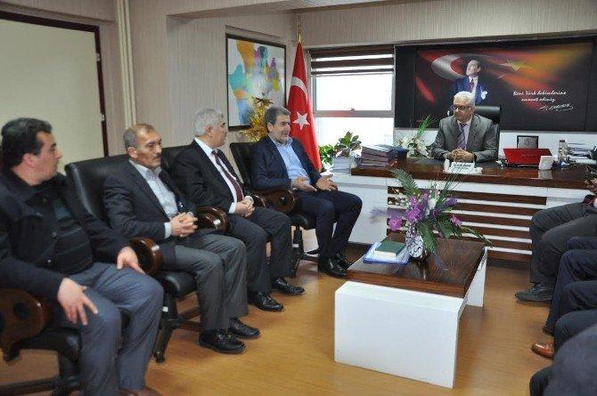 Milletvekili Yaşar, Sağlık Müdürleriyle Bir Araya Geldi