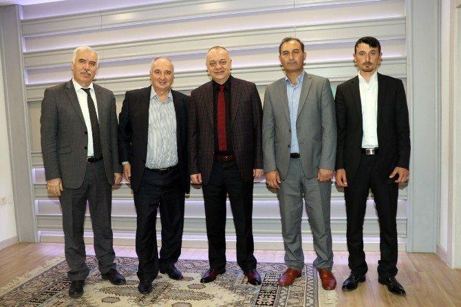 Hacıveliler'den Başkan Ergün'e Hizmet Teşekkürü