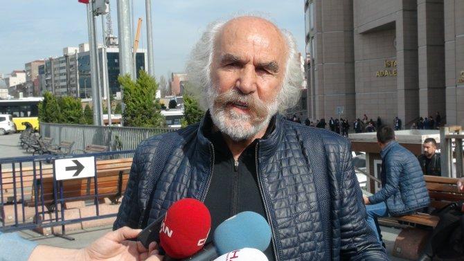 Heykeltıraş Aksoy 'haram para' davasında beraat etti