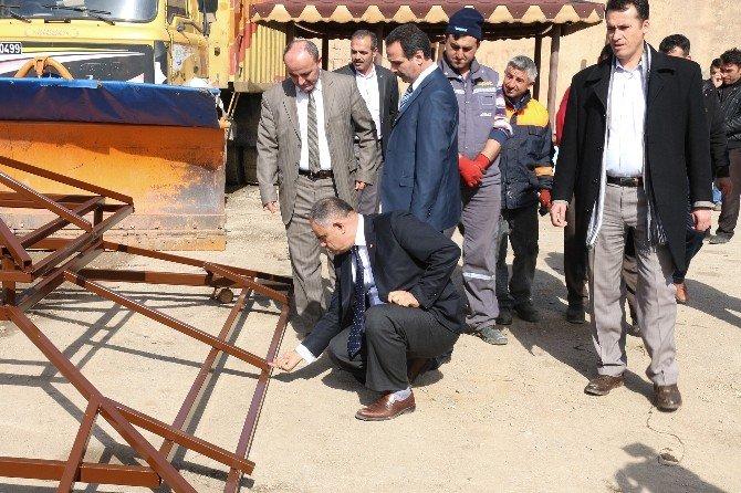 Yahyalı'da Meslek Liseliler Belediye Atölyesinde