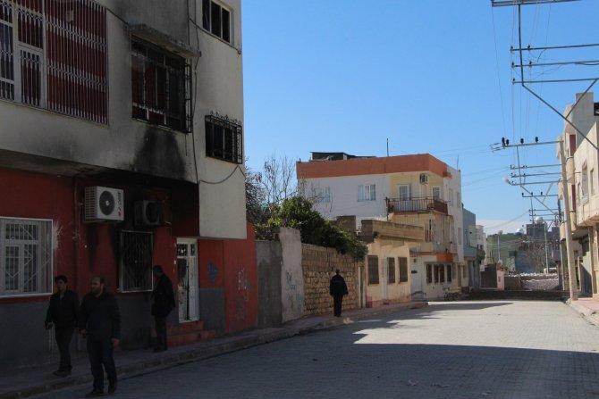 Nusaybin'de 3 okul, 1 destek merkezine molotof saldırısı