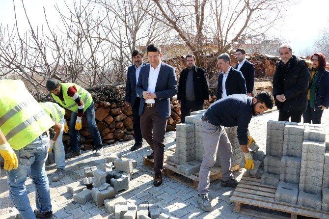 Şirinköy Mahallesi'nde Üst Yapı Yenileniyor