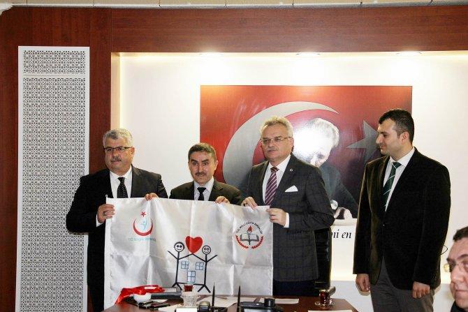 Çankırı'da 7 okula beyaz bayrak verildi