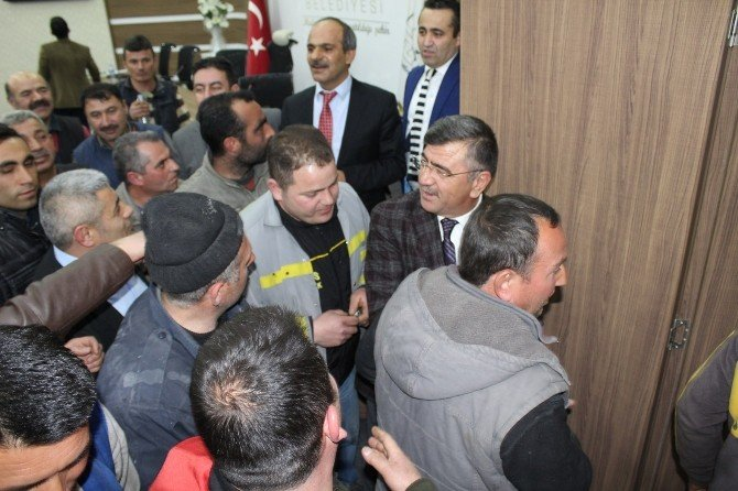 Niğde Belediye Başkanı Faruk Akdoğan;