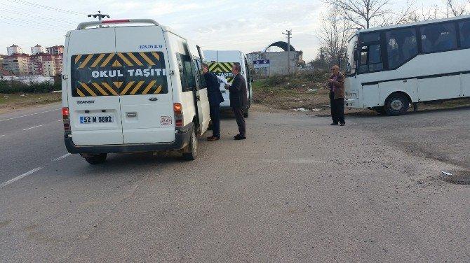 Fatsa'da Öğrenci Servis Araçları Denetlendi