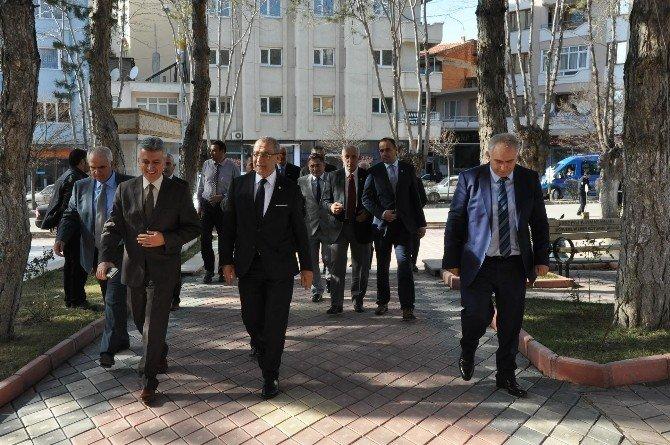 Türkiye Faal Futbol Hakemleri Ve Gözlemcileri Derneği Toplantısı Sandıklı'da Yapılıyor
