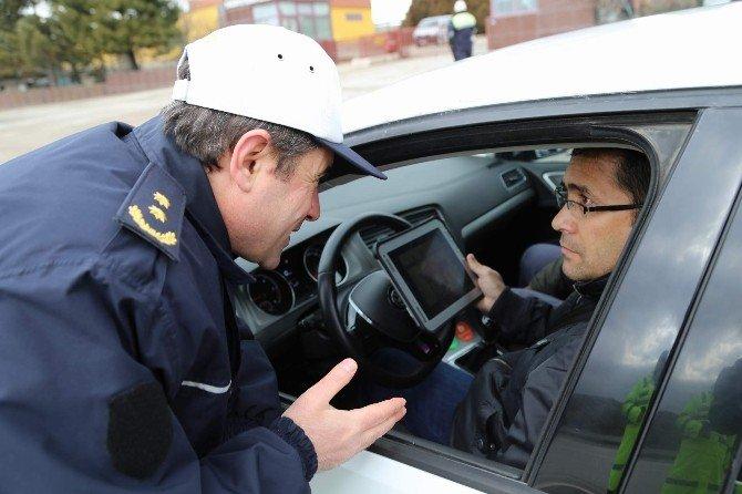 Yozgat Emniyetten Sürücülere Çocuk Koltuğu Uyarısı