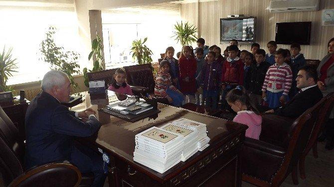 Öğrencilerden Başkan Alçay'a Ziyaret