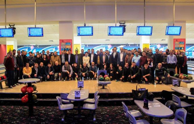 Mali müşavirler bowling turnuvasında stres attı