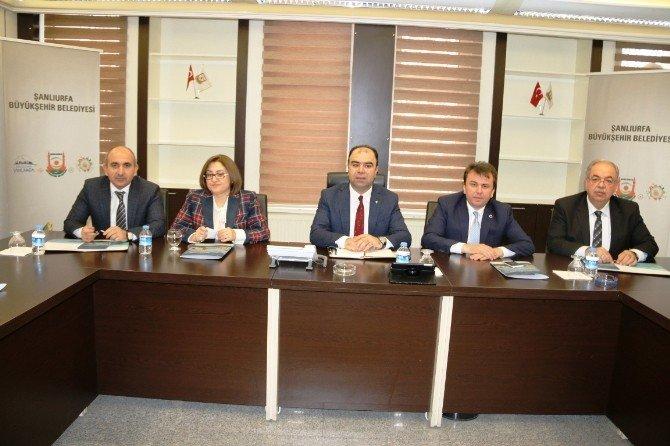 Bölge Belediye Başkanları Şanlıurfa'da Toplandı