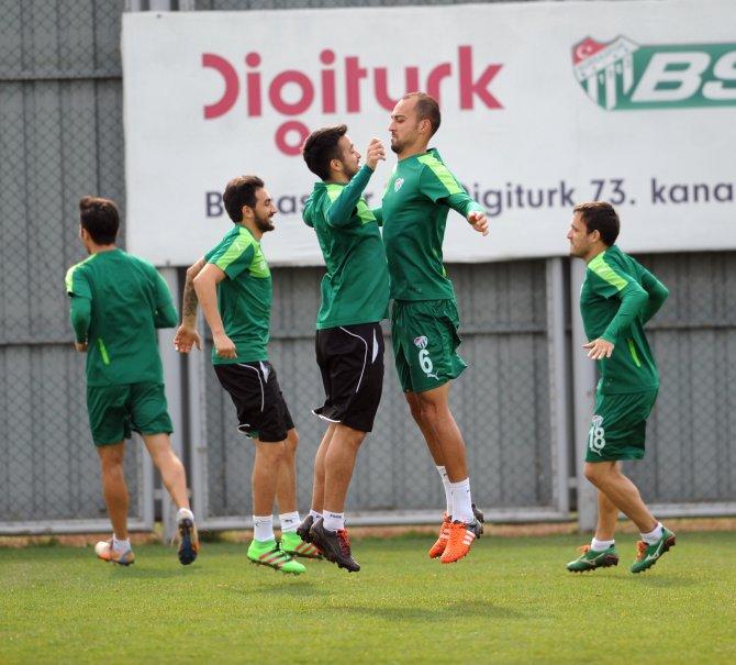 Bursaspor, Fenerbahçe hazırlıklarını sürdürdü