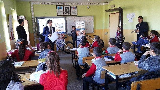 Doğanşehir'de Başarılı Öğrenciler İçin Ödüllü Projeler
