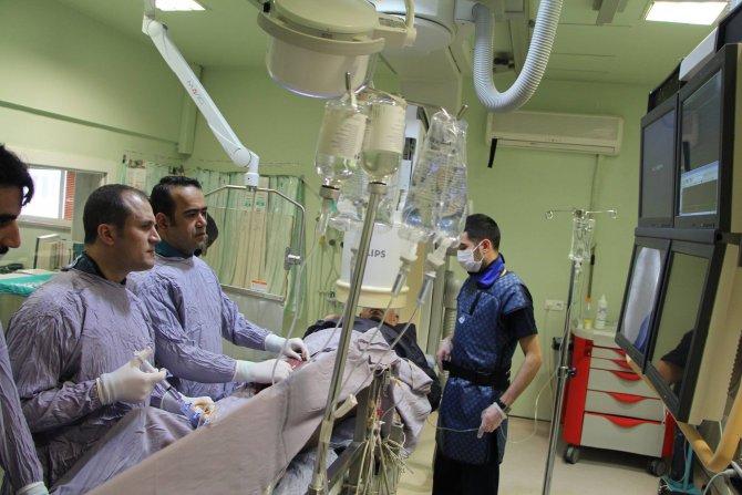 Ayağı kesilecek denilen hasta başarılı operasyonla kurtuldu