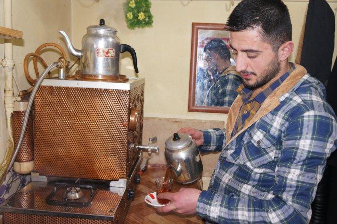 Şehit ve gazi yakınlarına ücretsiz çay ve kahvaltı hizmeti veriyor