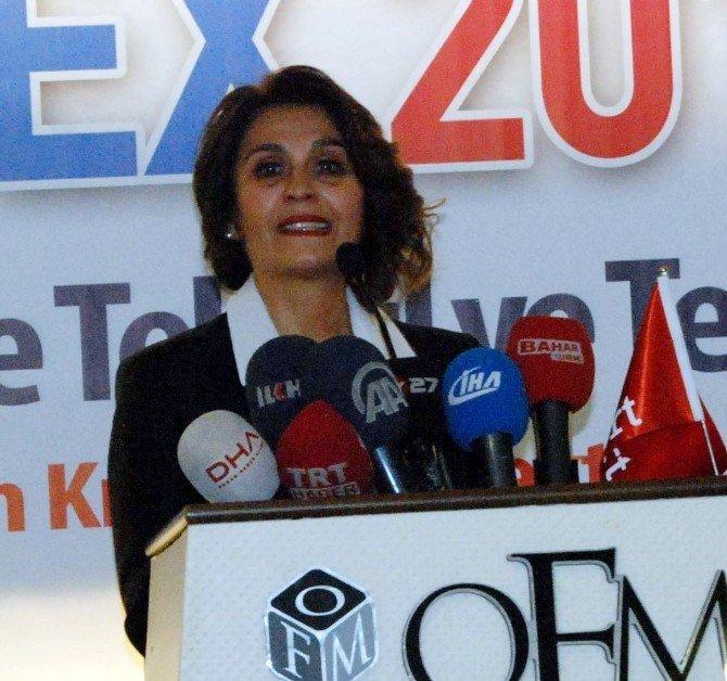 Akort Fuarcılık'ı Duygulandıran 20. Yıl Sürprizi