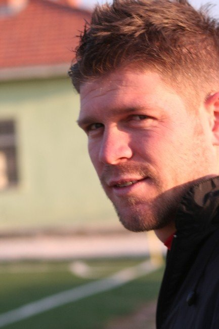Tecrübeli Futbolcu Dereboyu Yağmurluspor İle Anlaştı