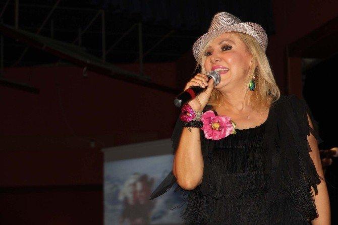 İzmir'de En Çılgın Konser