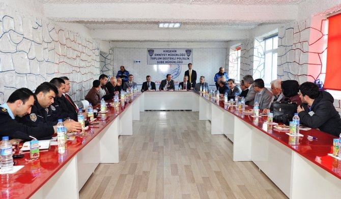 Huzur toplantısında muhtarlara 'dolandırıcılık' olayları anlatıldı