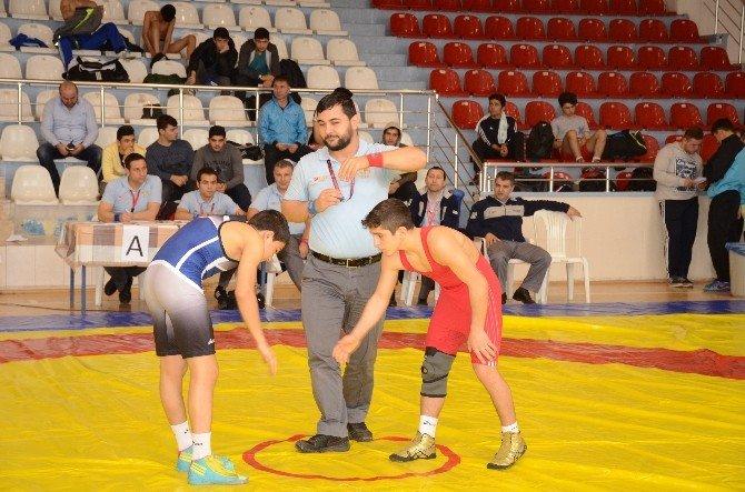 Okullar Arası Gençler Güreş Müsabakaları Sona Erdi