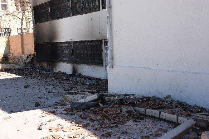 Nusaybin'de İki Okul Binası Yakıldı