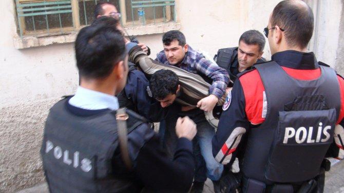 Şanlıurfa'da kavga: 8 yaralı, 10 gözaltı