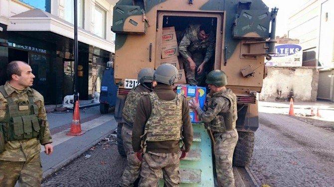 Harran'dan Operasyonların Yapıldığı Bölgedeki Mehmetçiğe Kumanya Desteği
