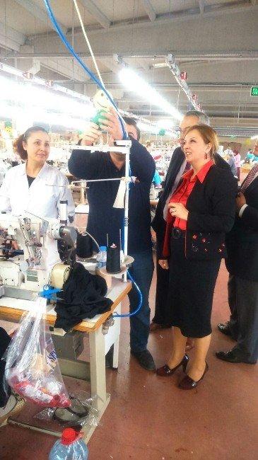 Acar, Tekstil Çalışanları İle Bir Araya Geldi