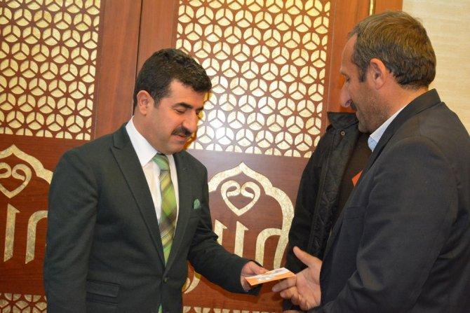 Siirt'te ihtiyaç sahibi ailelere 'sosyal destek kartı' dağıtıldı