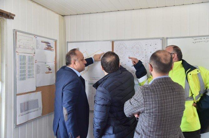 Başkan Babaş, Devlet Hastanesi İnşaatını İnceledi