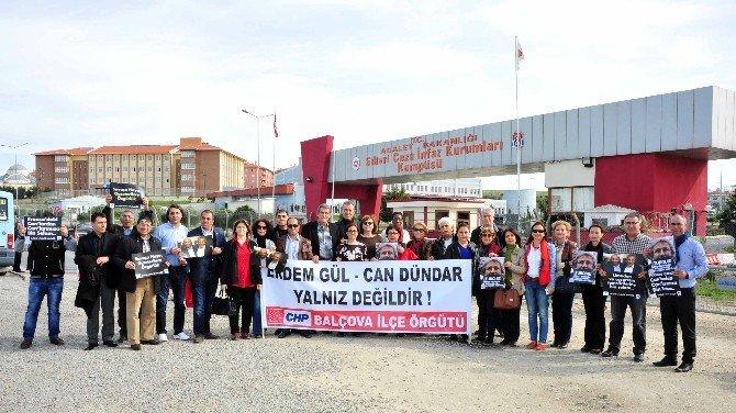 Can Dündar Ve Erdem Gül'e İzmir'den Ziyaret