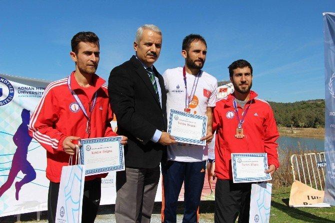 Üniversiteler Kros Şampiyonası Kuşadası'nda Yapıldı