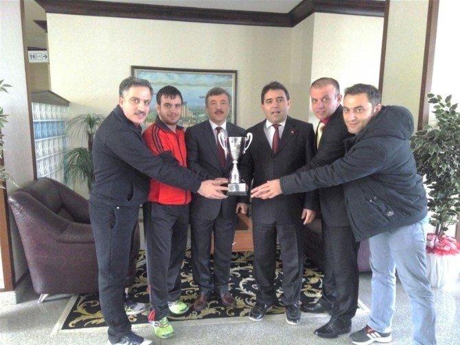 Altınova Tersaneler Güreş Takımı Yalova'nın Gururu