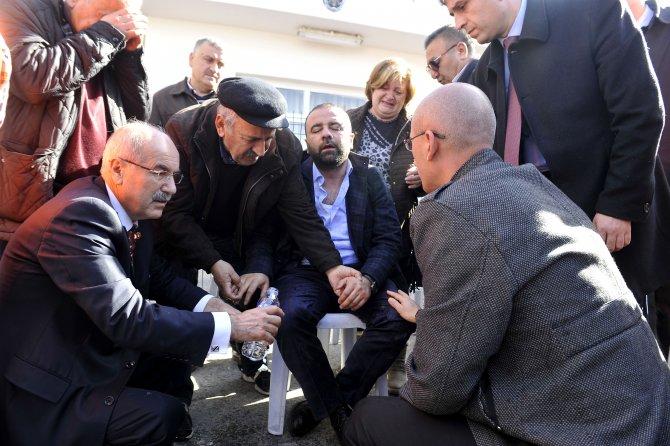 Adli Tıpta Kurumu'nda bulunan cenazelerden 5'i ailelerine teslim edildi