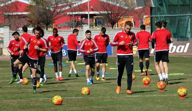 Kayserispor, Gaziantepspor Maçının Hazırlıklarını Sürdürdü
