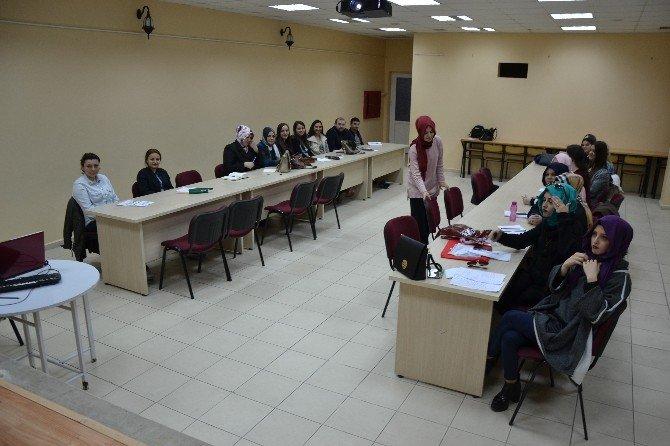 Biga'da Hasta Kabul İşlemleri Kursu Düzenlendi