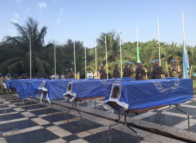 Mali'de ölen Gineli askerin cenazeleri ülkelerine getirildi