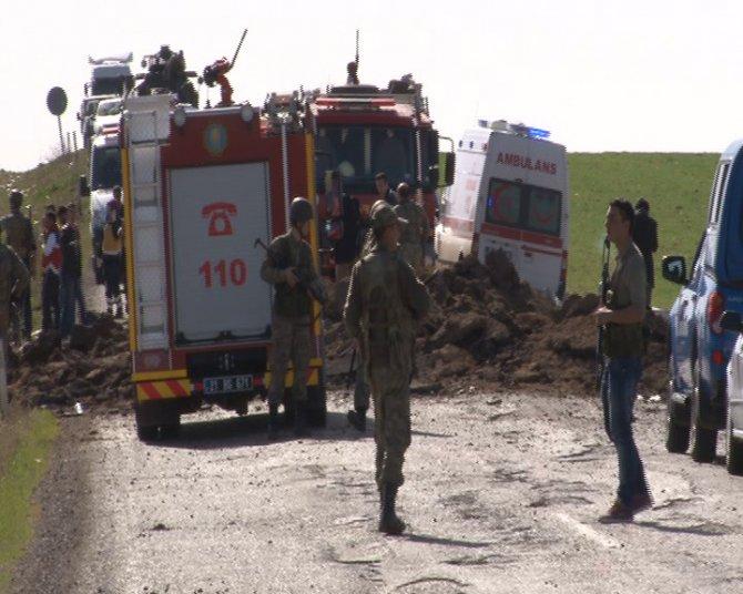 Diyarbakır'da bombalı saldırı: Şehitler var